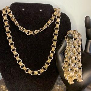 Lia Sophia Chain Linked Necklace & Bracelet Combo